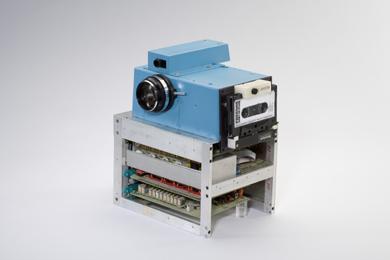 1_camera_small